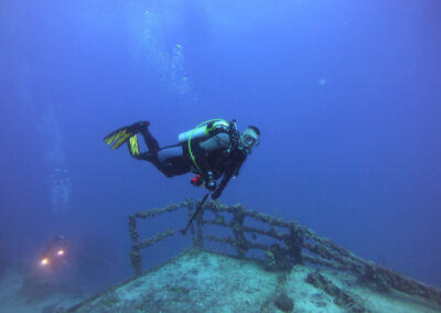 Instructor Rob diving on the USS Spiegel Grove